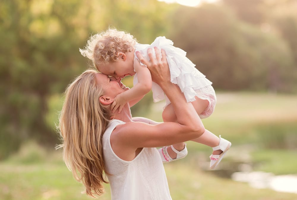 Behind the Scenes | Take a gorgeous Mum and baby photo